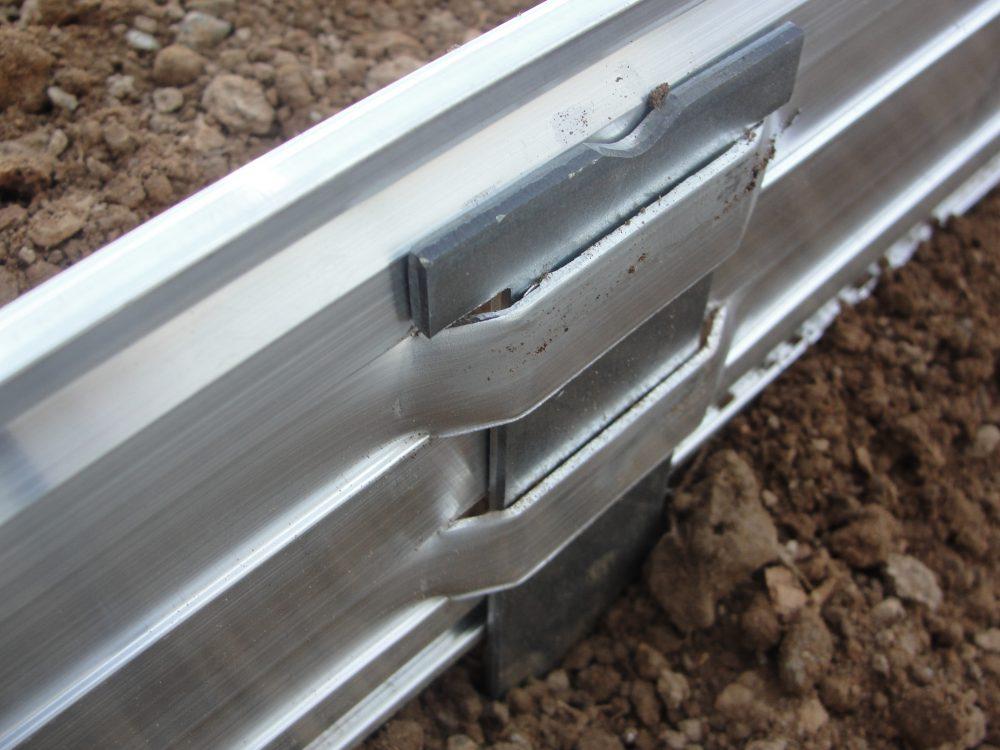 Volige Bordalu détail fixation pieux de 39cm
